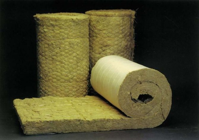 Isolation en laine minérale ou en mousse de polyuréthane